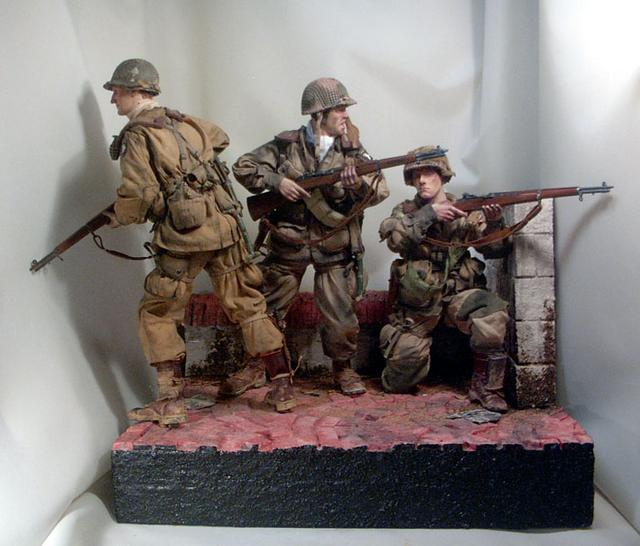 101 Airborne Division in WW2 http://www.onesixthwarriors.com/forum/sixth-scale-action-figure-news-reviews-discussion/80941-ww2-us-101-airborne-teams.html